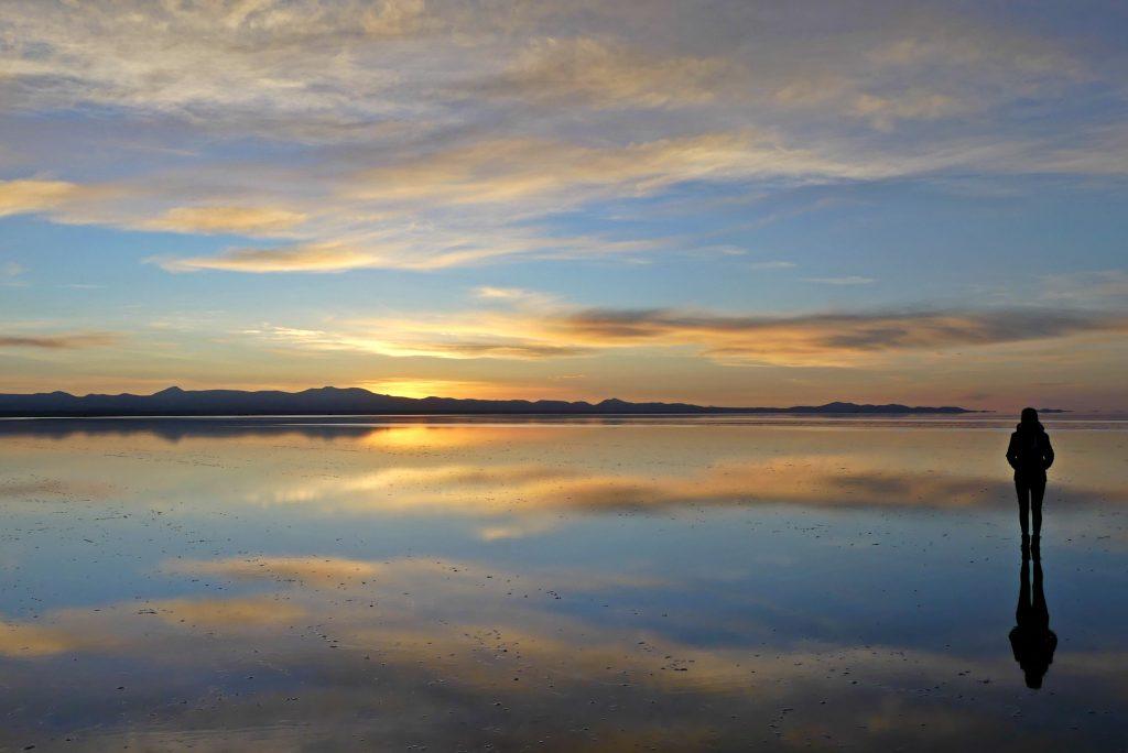 Salar de Uyuni im Sonnenaufgang