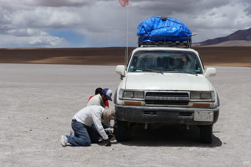 Autopanne in Bolivien