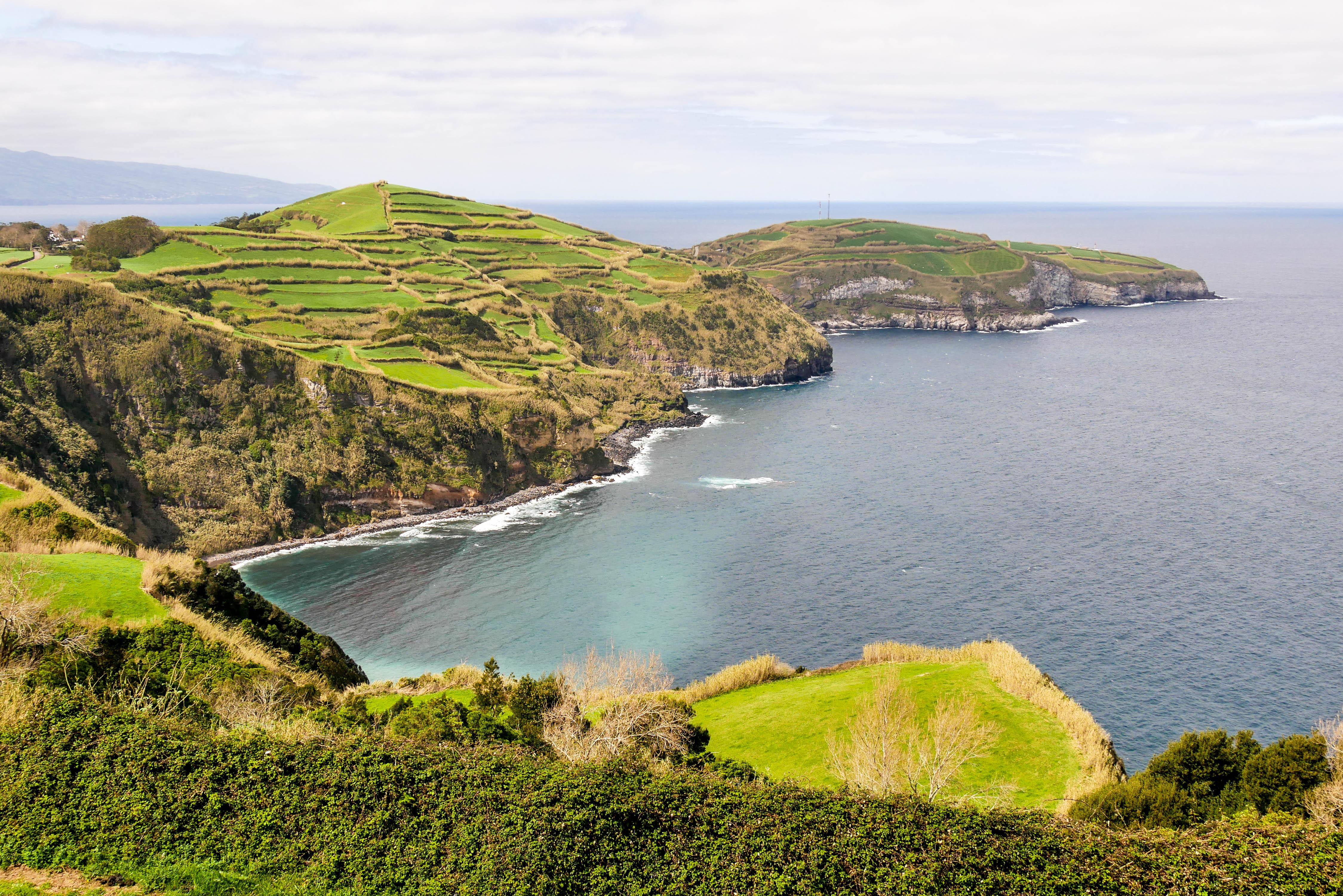 Küstenabschnitt auf São Miguel