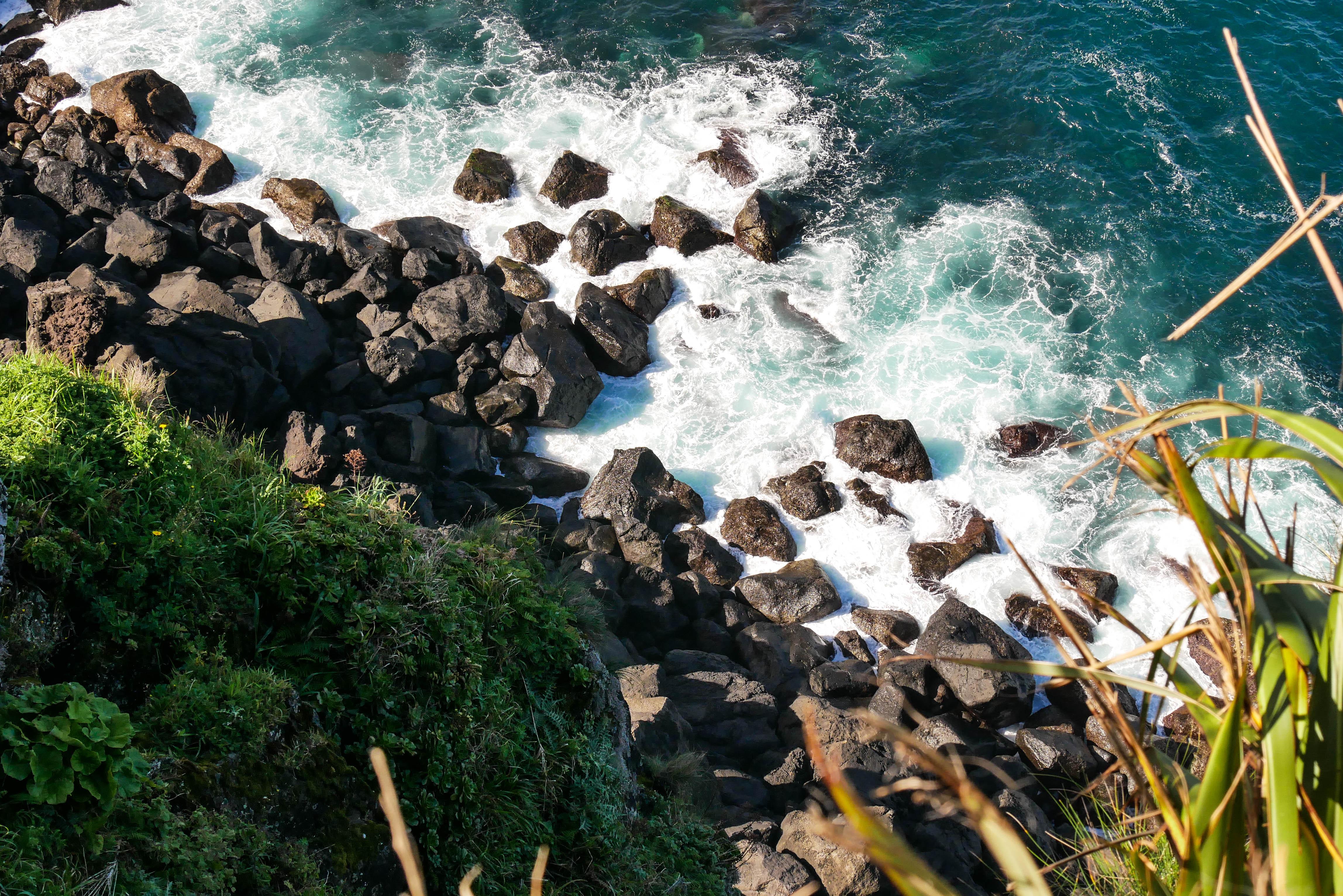 Küste am Farol da Ponta do Arnel