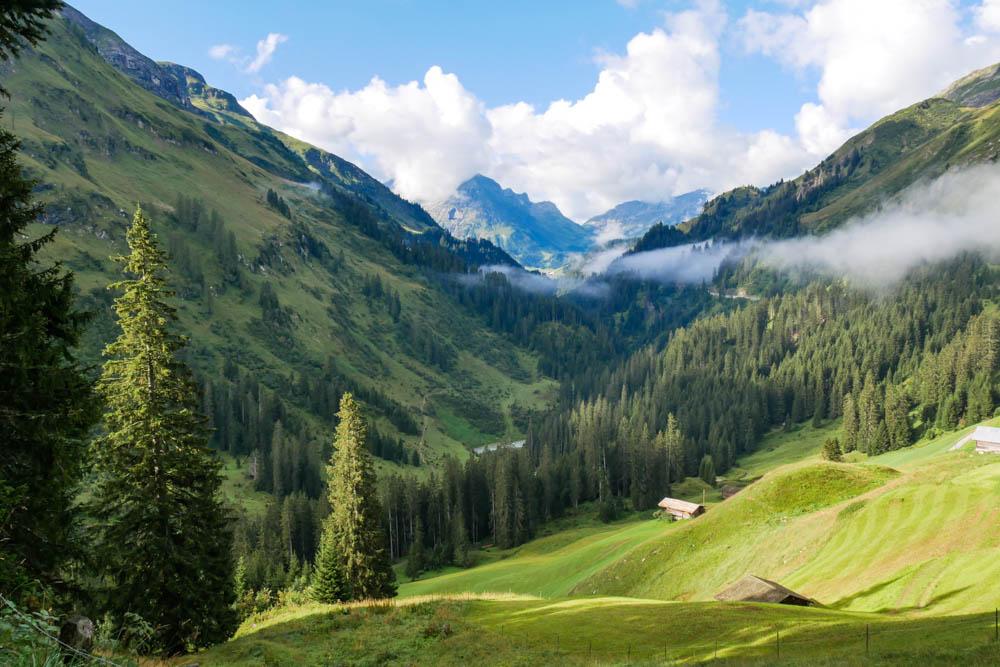 Warth am Arlberg am Morgen